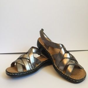 Grecian Silver Natural Soul by Naturalizer Sandals